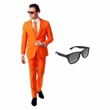 Verkleedkleding feest oranje tuxedo/business suit 46 (s) heren gratis